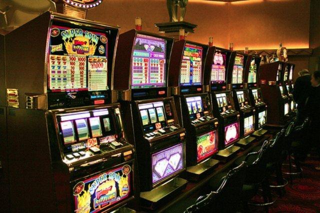 Все возможности для честной и интересной игры в казино Азарт Плей