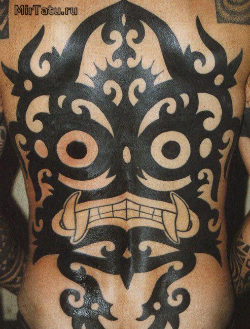 Фото татуировок — Татуировка на спине 6