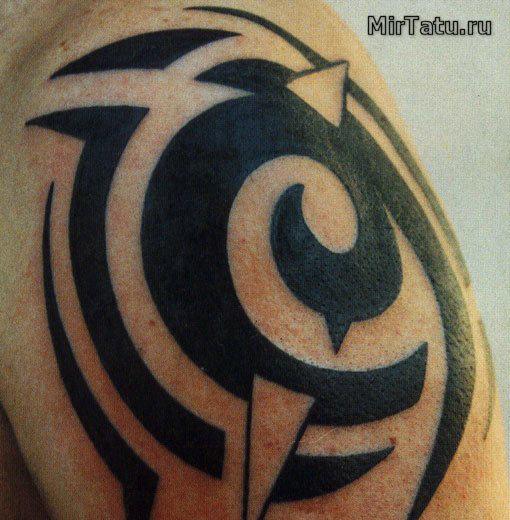 Фото татуировок — Татуировка на плече